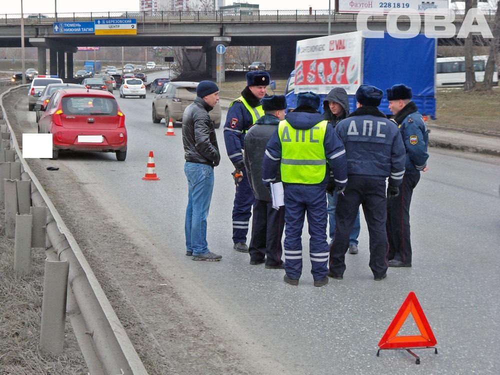 Возле Россельбановского моста Kia насмерть сбила пешехода