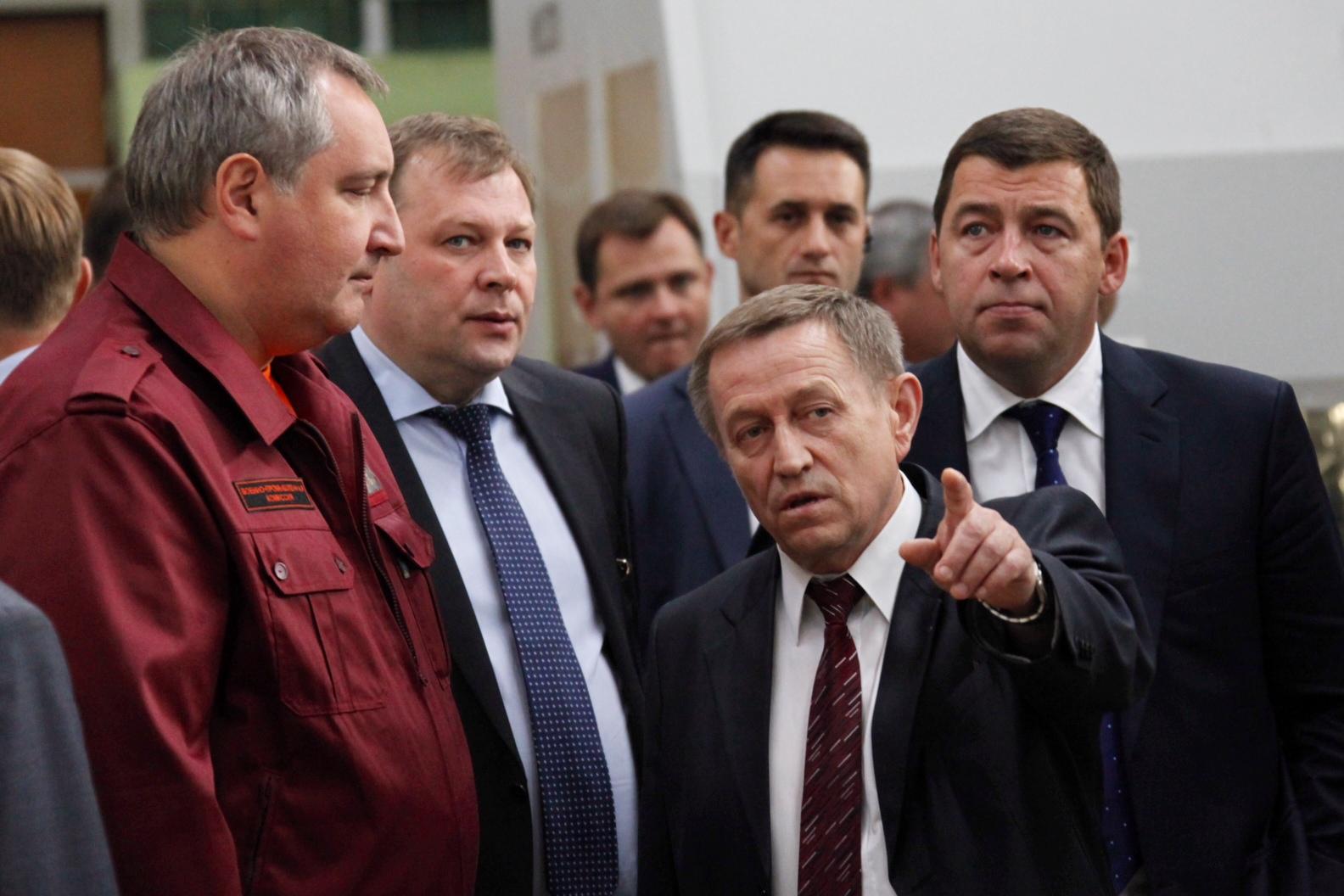 Дмитрий Рогозин прилетел в Екатеринбург