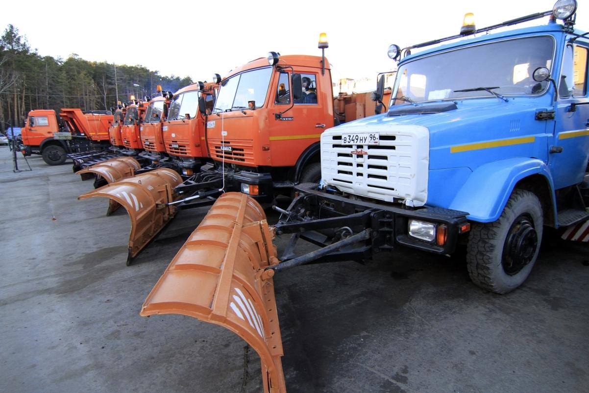 В последний зимний день с улиц Екатеринбурга вывезли 7,5 тысяч тонн снега