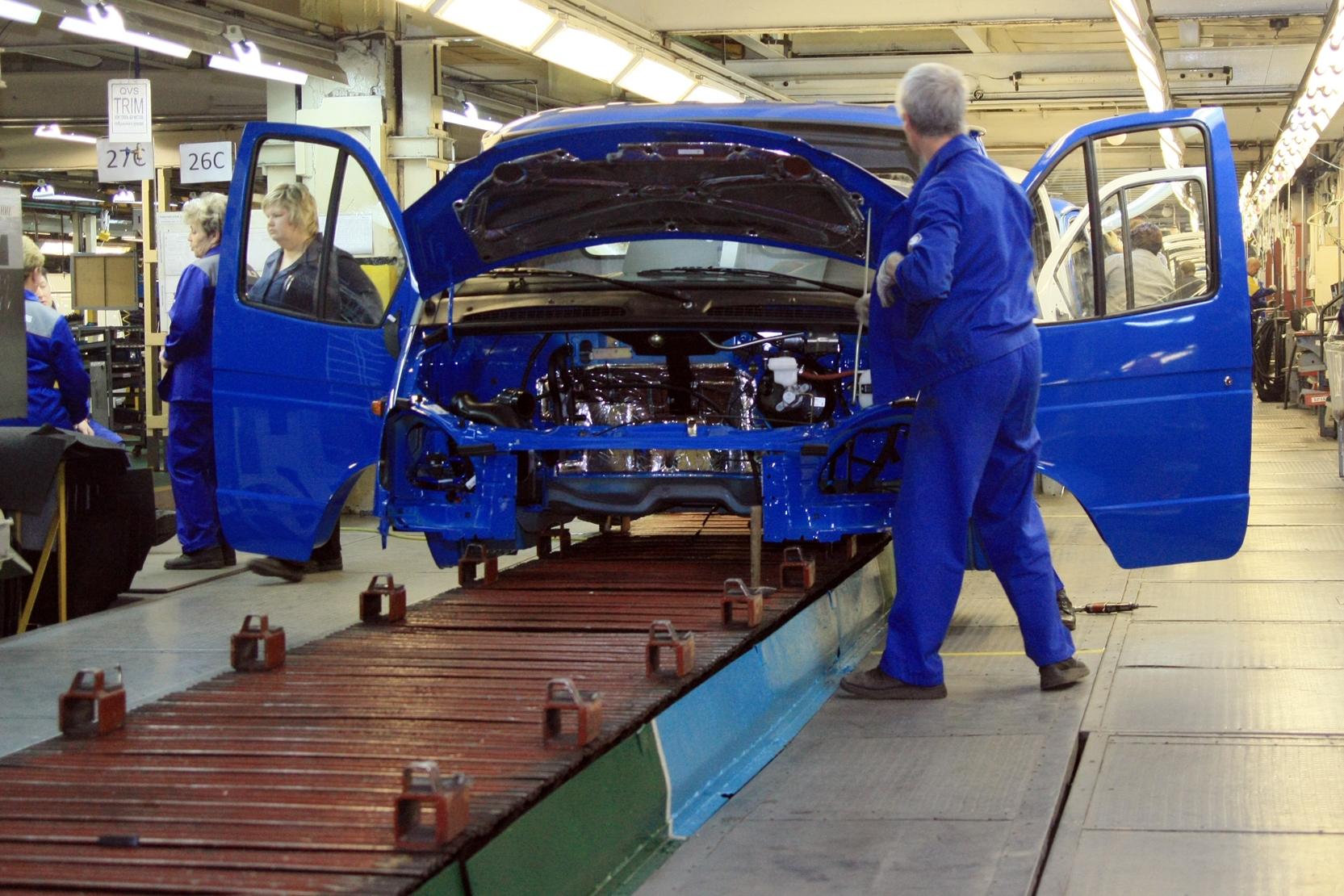 АвтоВАЗ приостановил производство Granta и Kalina