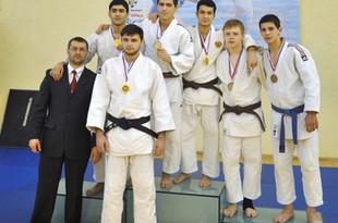Дзюдоисты из Екатеринбурга взяли два золота на всероссийском турнире