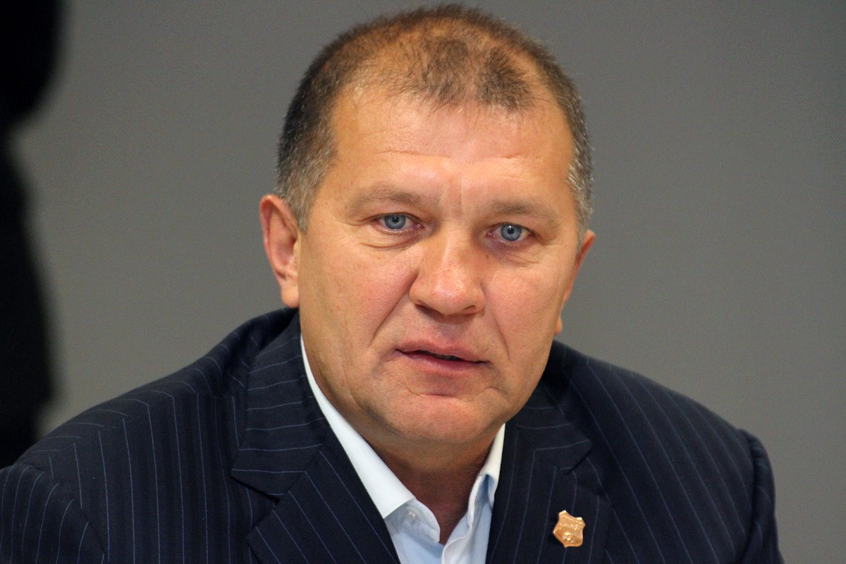 Григорий Иванов, президент ФК «Урал»: «Отставки Василенко пока не будет»