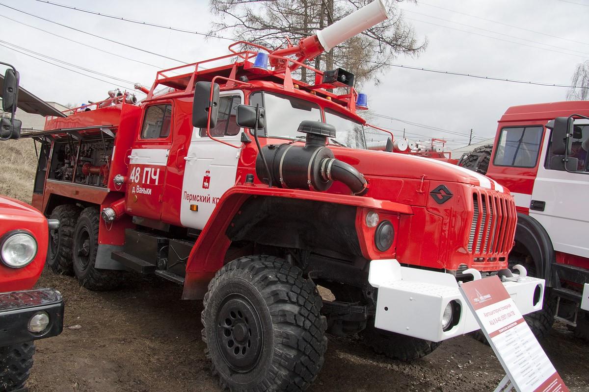 Играли со спичками на сеновале: в Тугулымском поселке при пожаре погибли двое детей