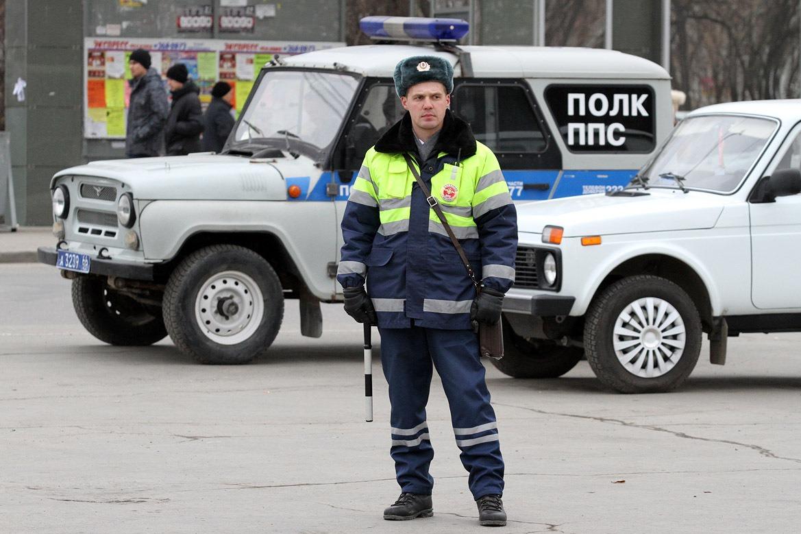 Екатеринбургская ГИБДД ищет свидетелей вчерашней аварии на Крауля