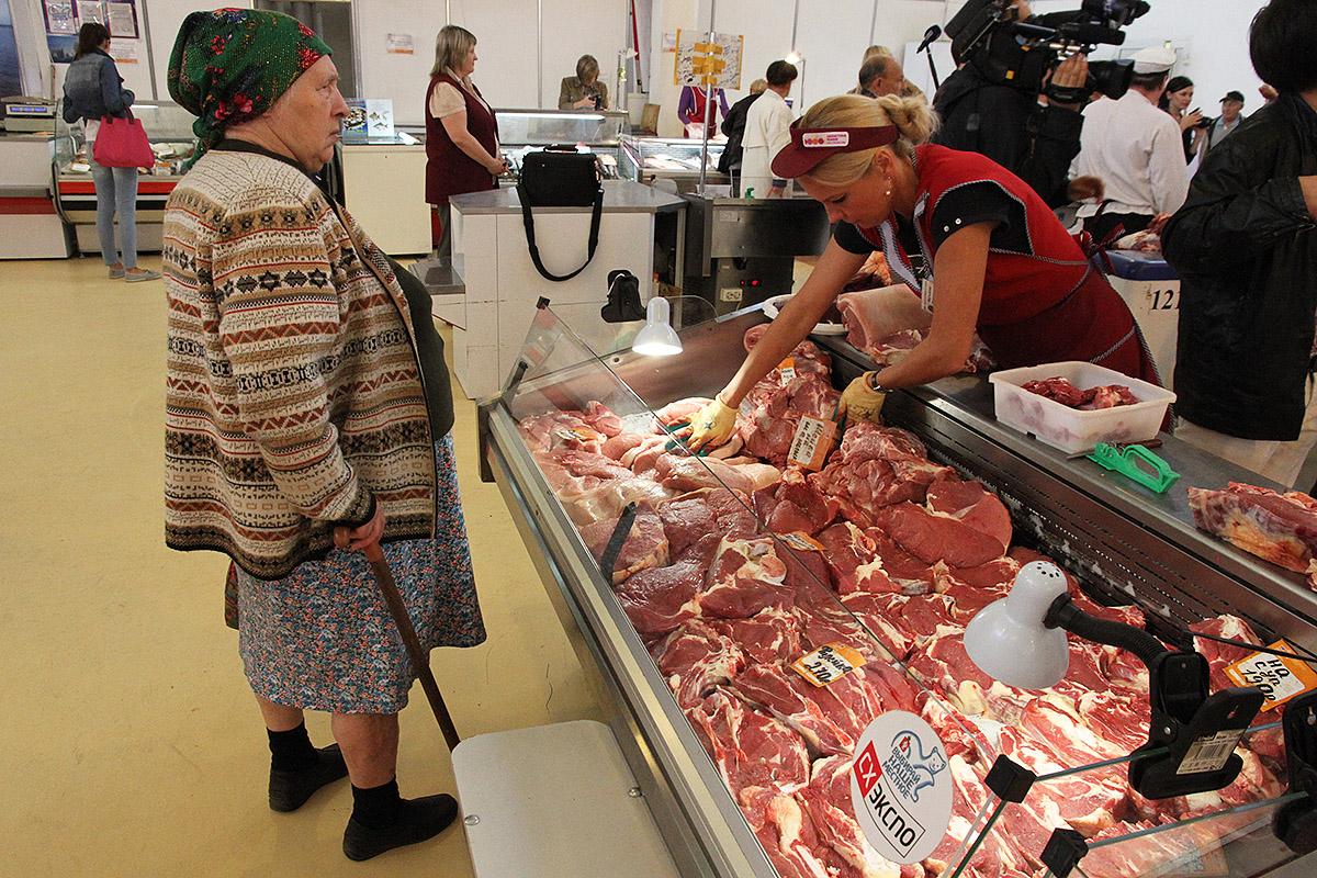 Дешевеет и дорожает: цены на продукты в Свердловской области сошли с ума