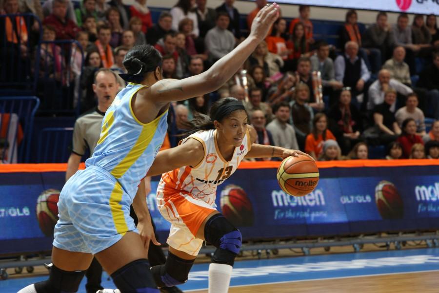 Баскетболистки УГМК обыграли «Прагу» и вышли в полуфинал Евролиги