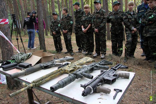 Свердловские школьники сразятся с ФСБ-шниками в «Зарнице»