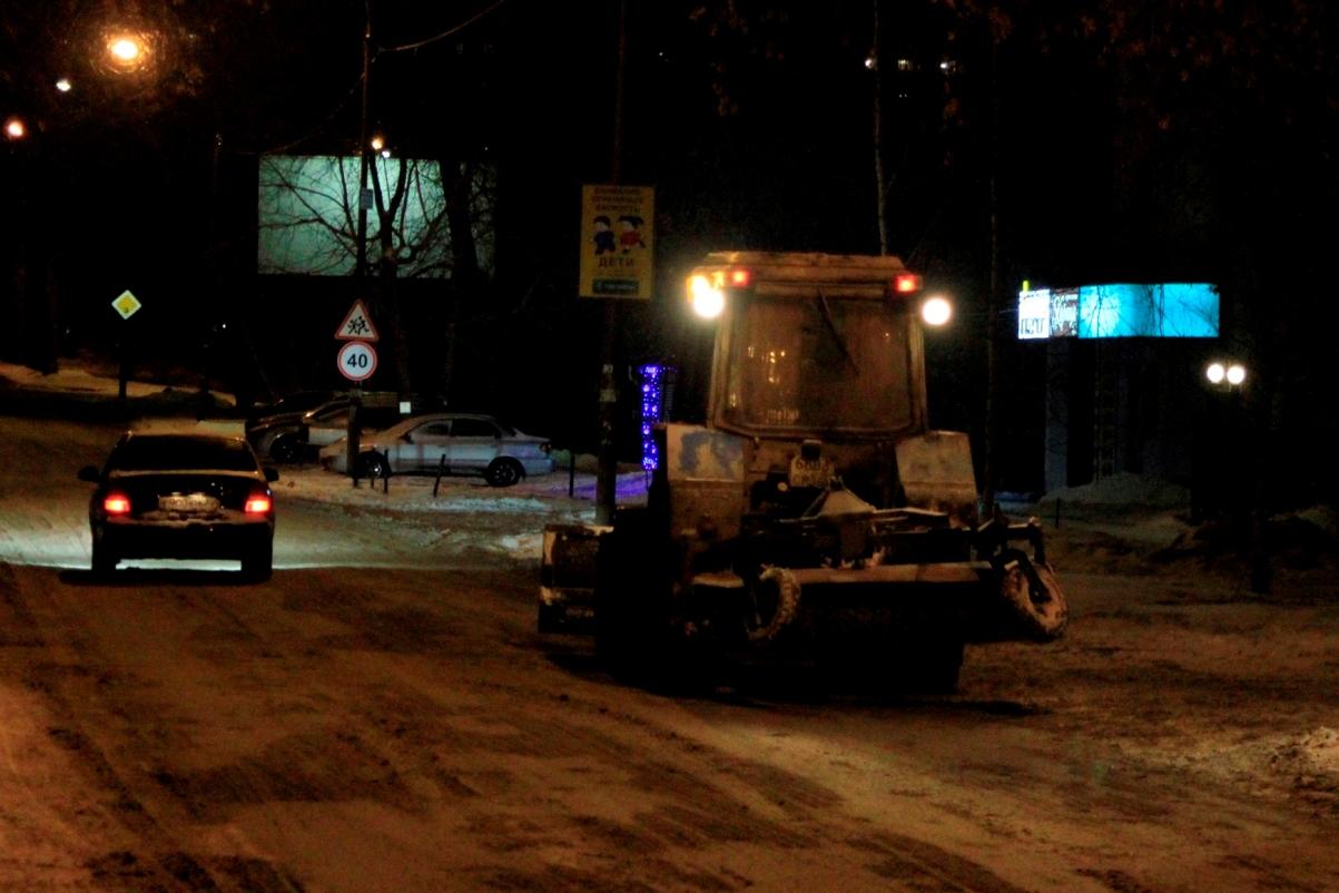Мэрия Екатеринбурга проследит за чисткой остановок