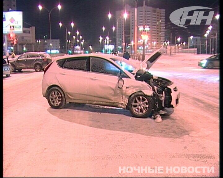Около «Дирижабля» столкнулись три автомобиля
