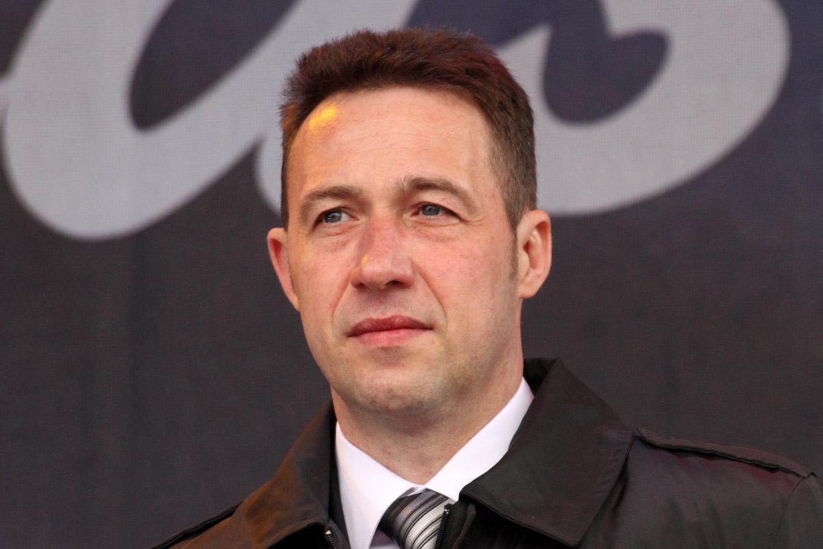Игорь Холманских стал единоличным лидером пропутинского движения