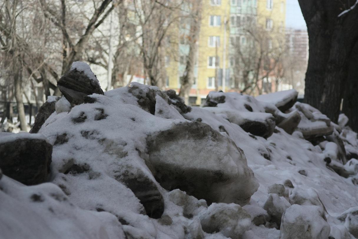Александр Якоб приказал главам районов хорошо убирать снег
