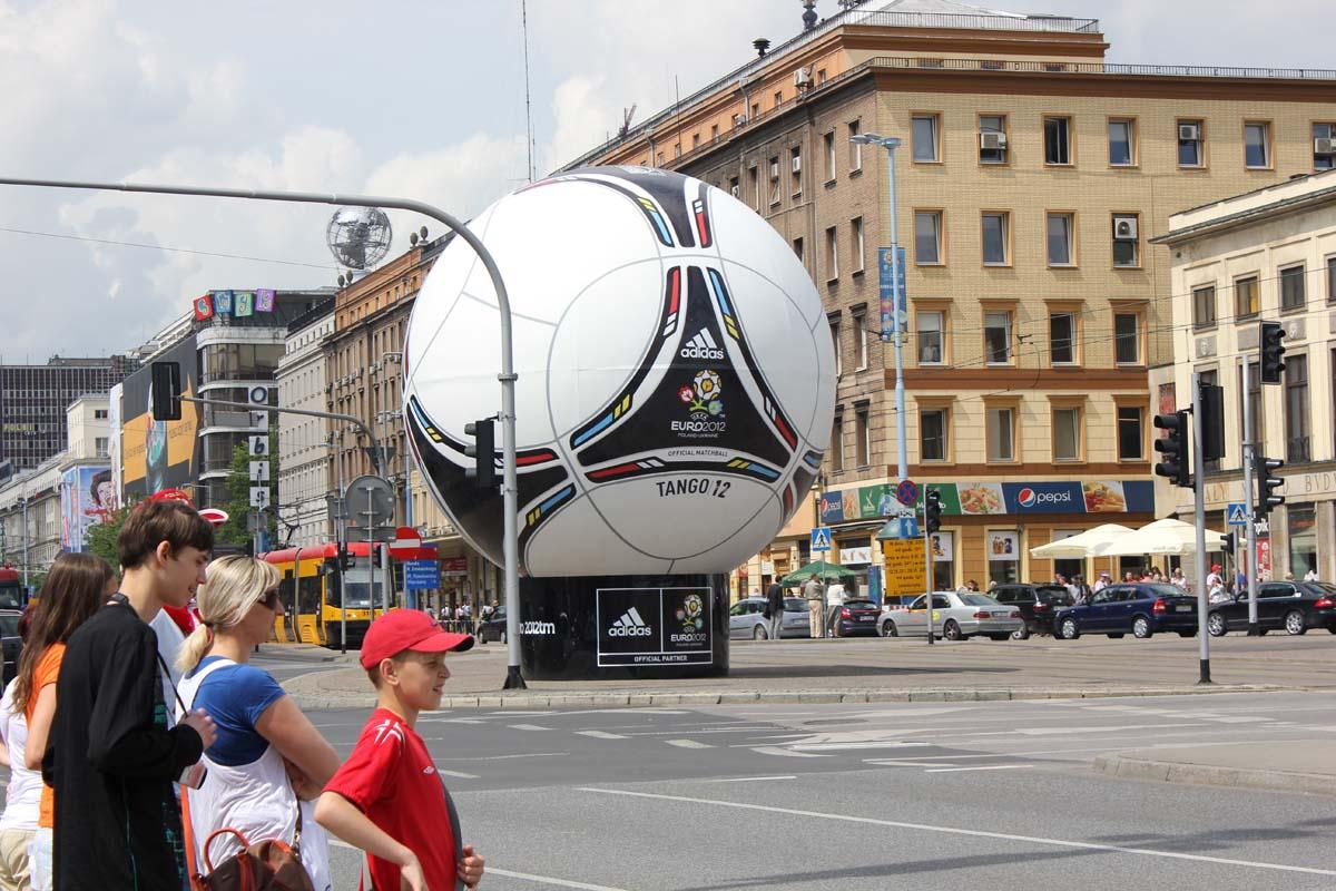 Как делают Евро-2012 в Польше: памятка для Куйвашева