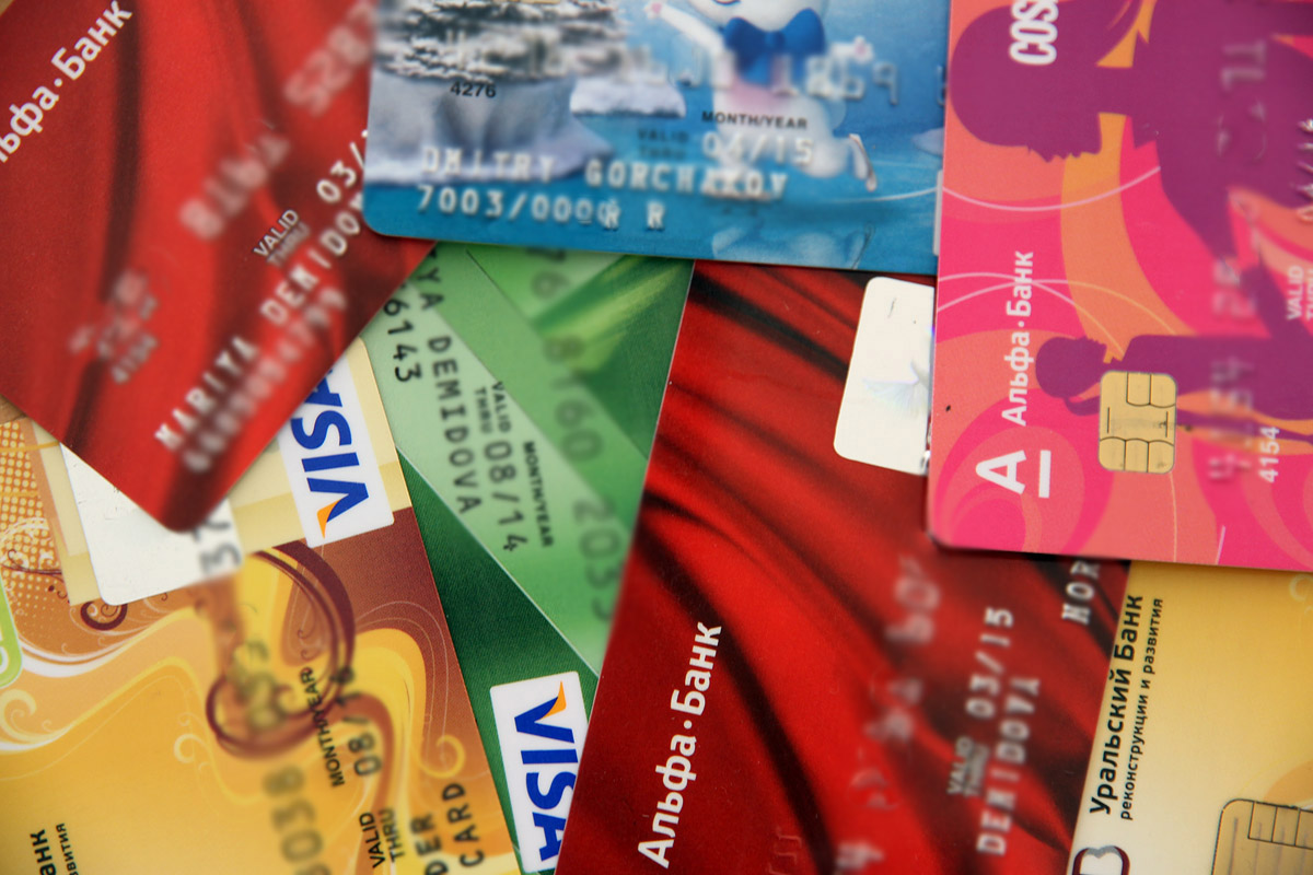 Банк России предложил Visa и MasterCard присоединиться к Национальной платежной системе