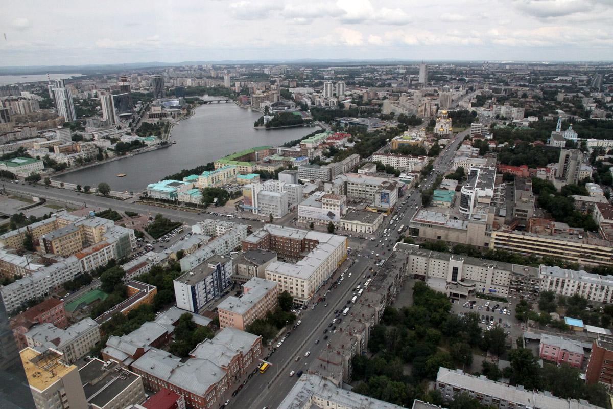 МУГИСО заморозило стройку на набережной в центре Екатеринбурга