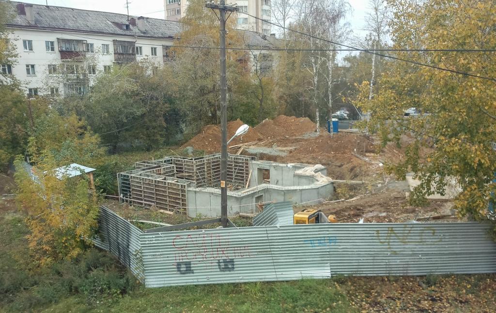 На углу Восточной — Шевченко строят небольшой православный храм