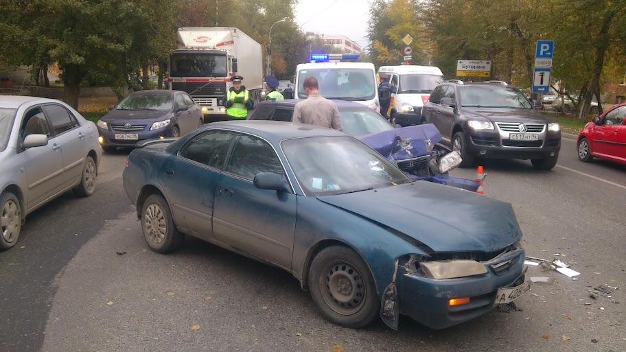 В аварии на Сибирском тракте пострадали трое детей