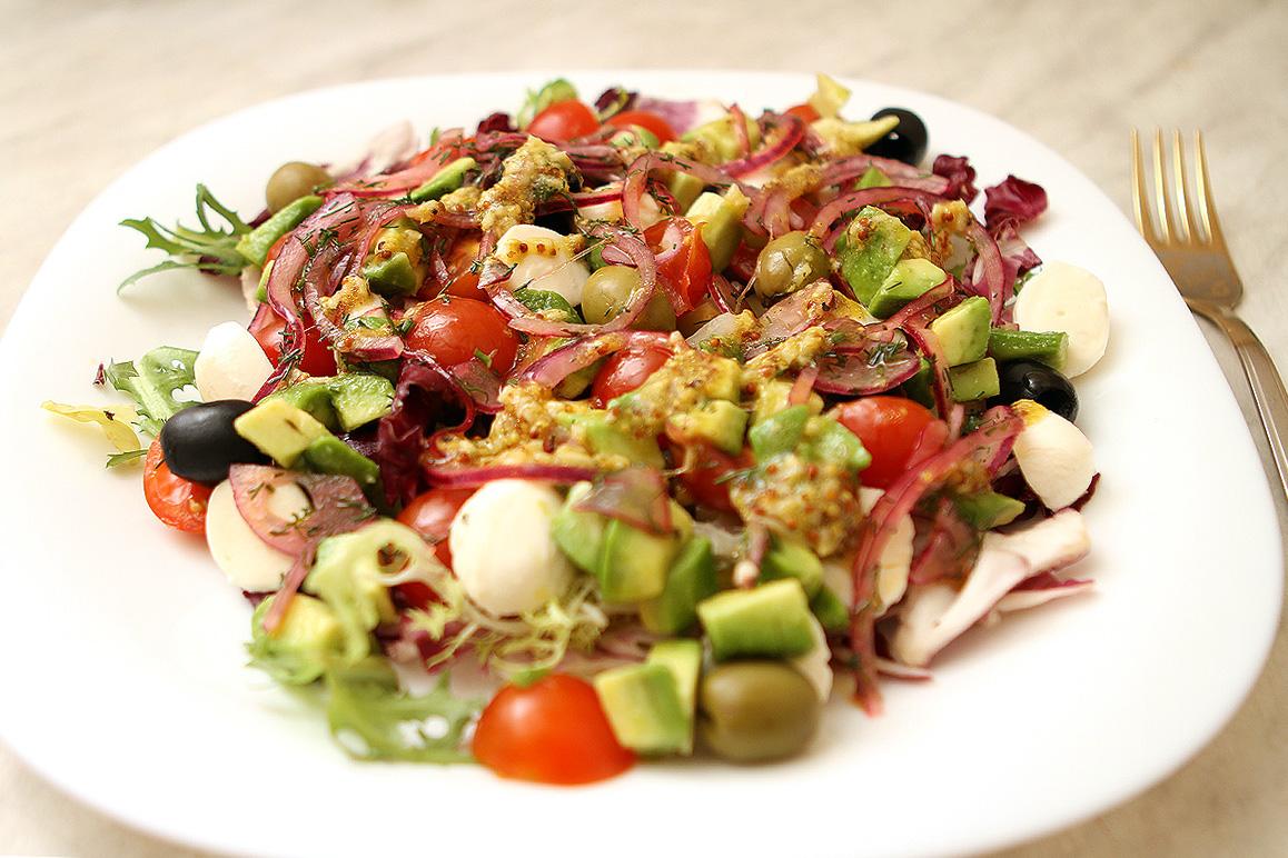 Небритый повар. Нарезаем новогодний салат по итальянской системе