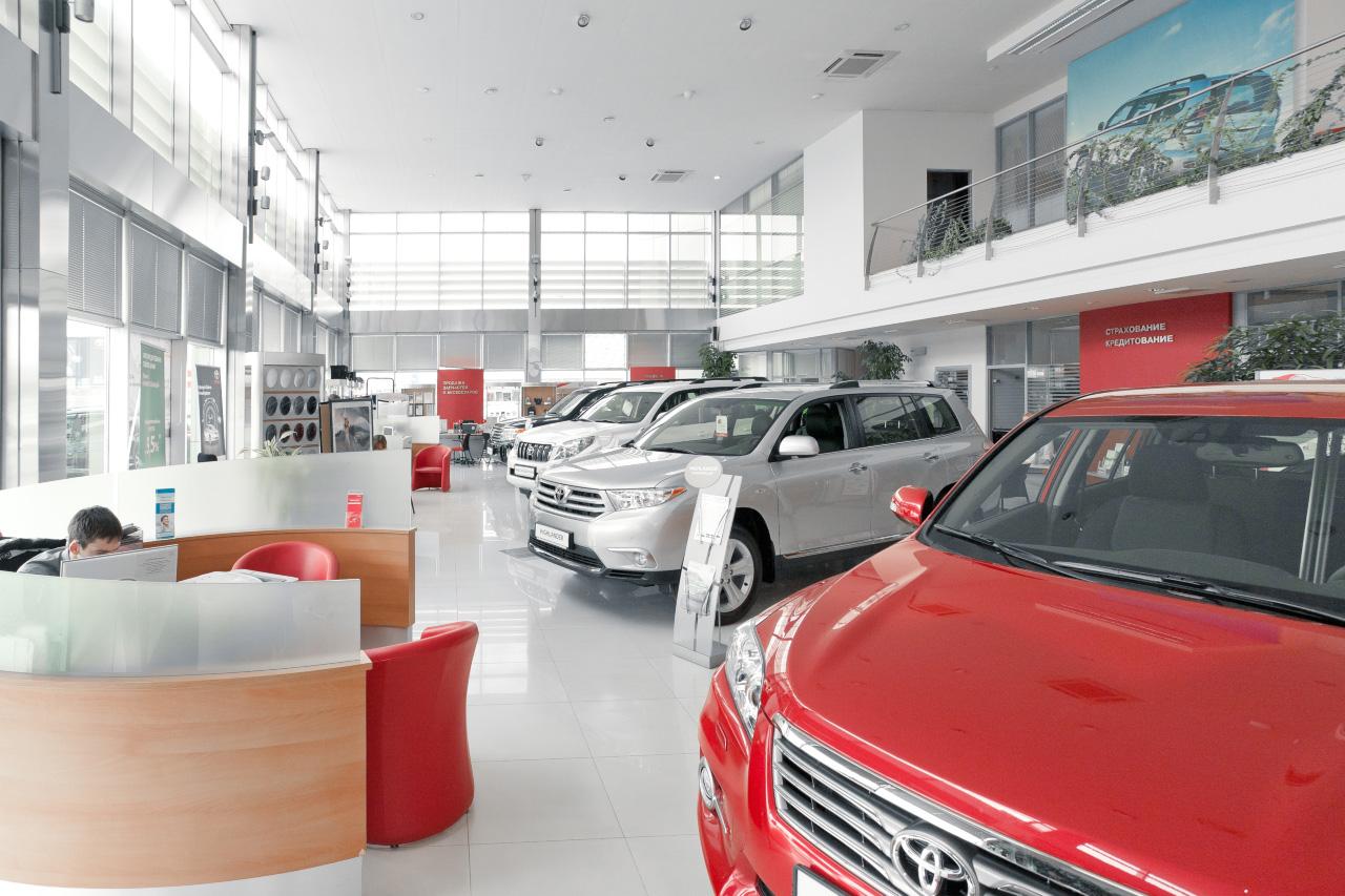 Екатеринбуржцы любят «Ладу» все меньше. А Toyota — как и прежде