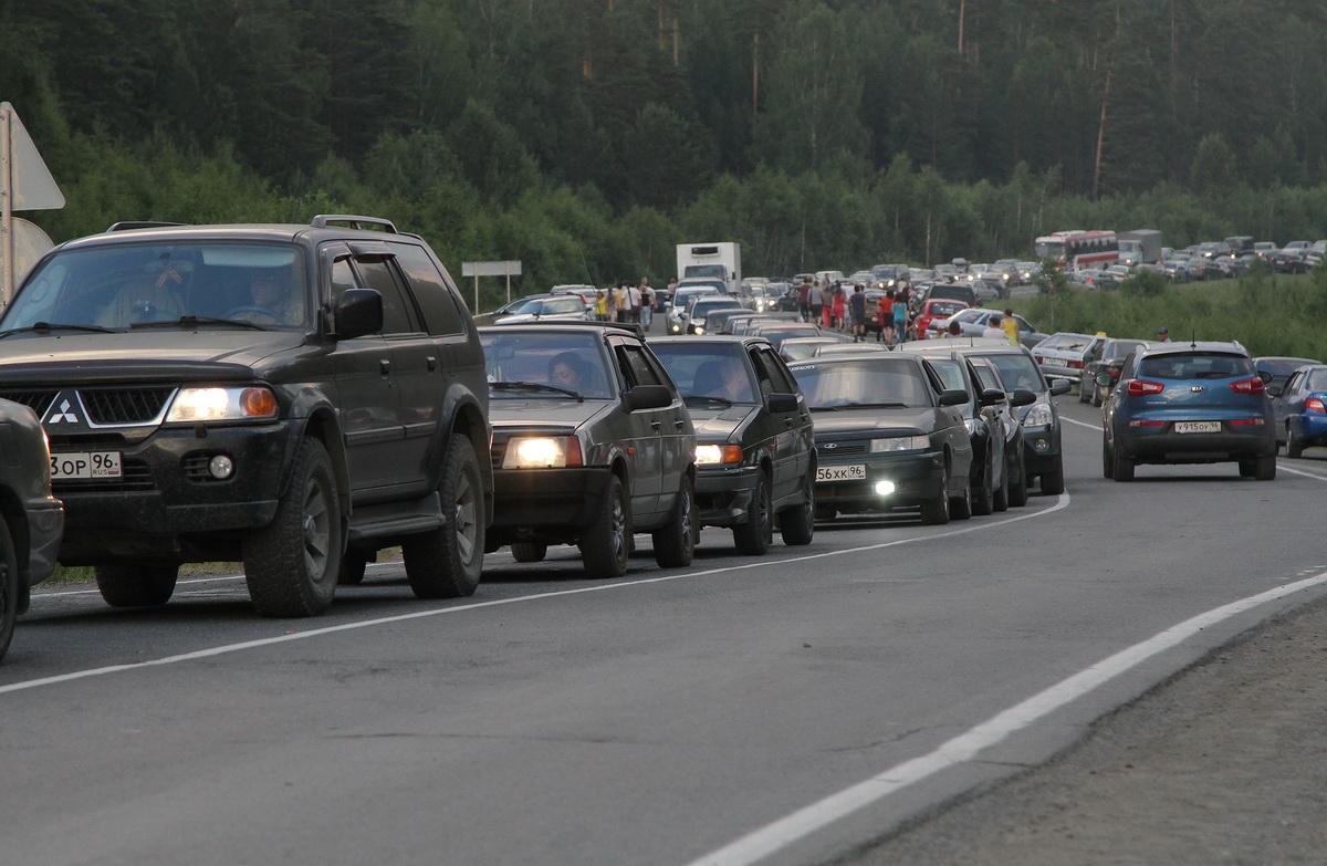 Екатеринбург догоняет Москву по пробкам