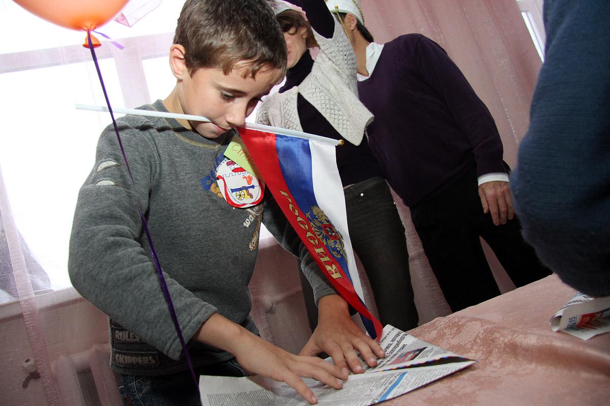 В Свердловской области стали чаще брать детей-сирот: спасибо Куйвашеву