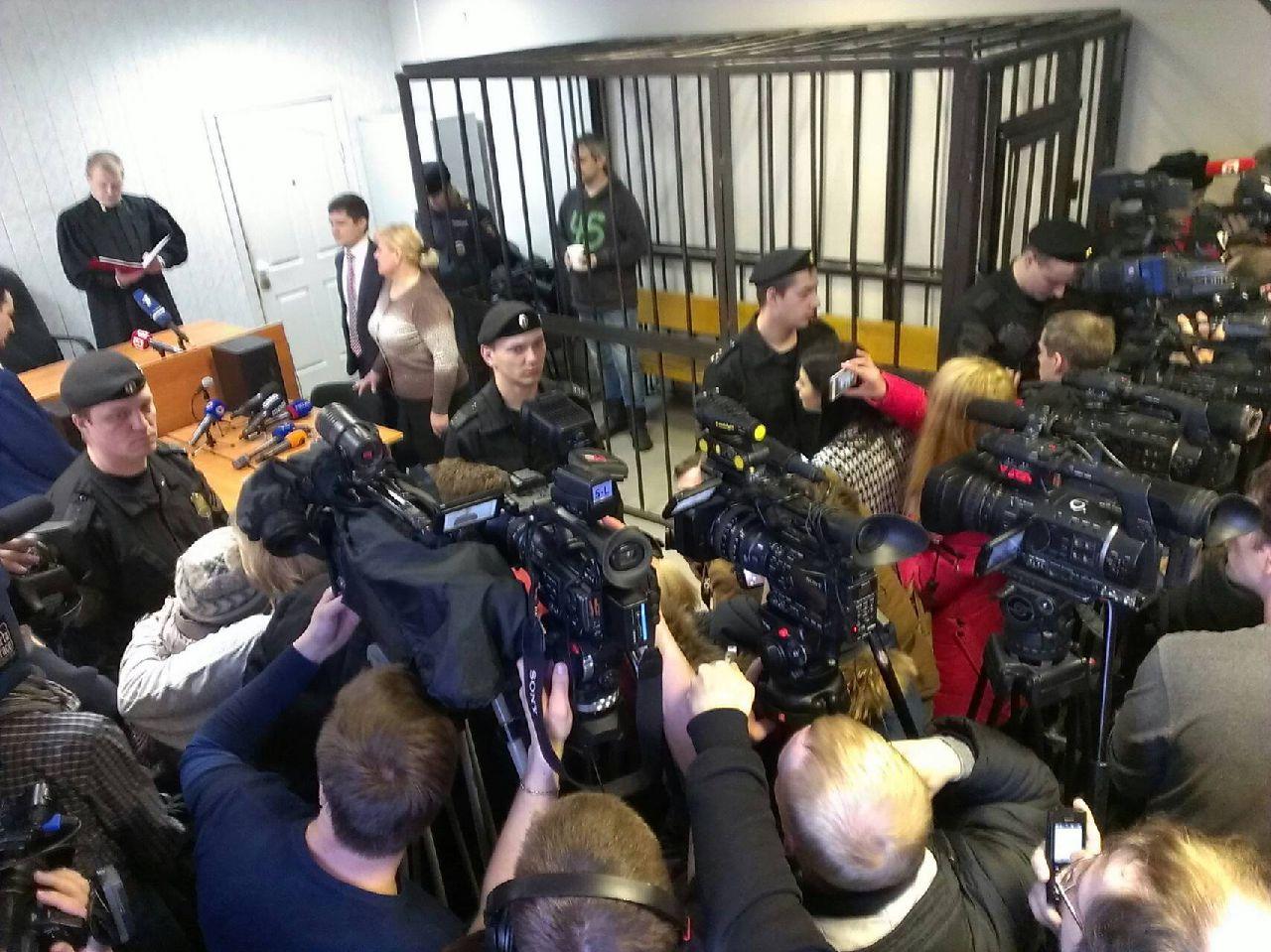 Прямая видеотрансляция из зала суда: Дмитрию Лошагину вынесли приговор