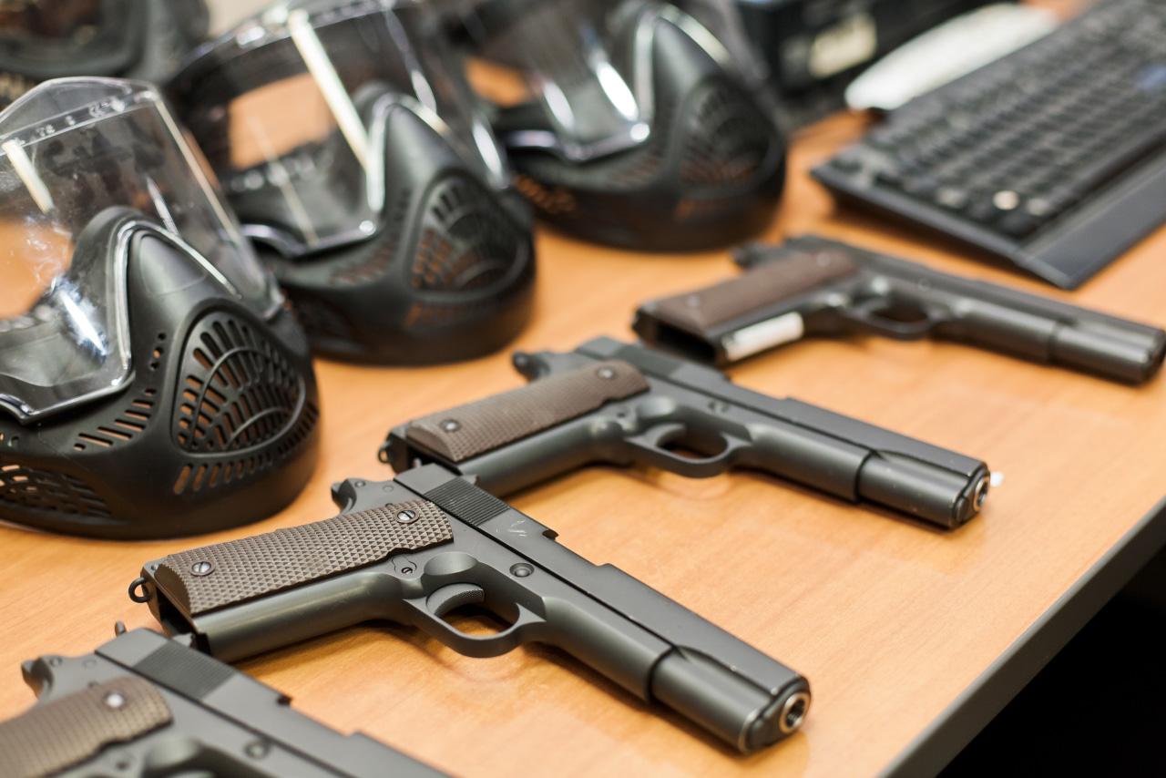 Полиция предлагает горожанам добровольно сдать оружие