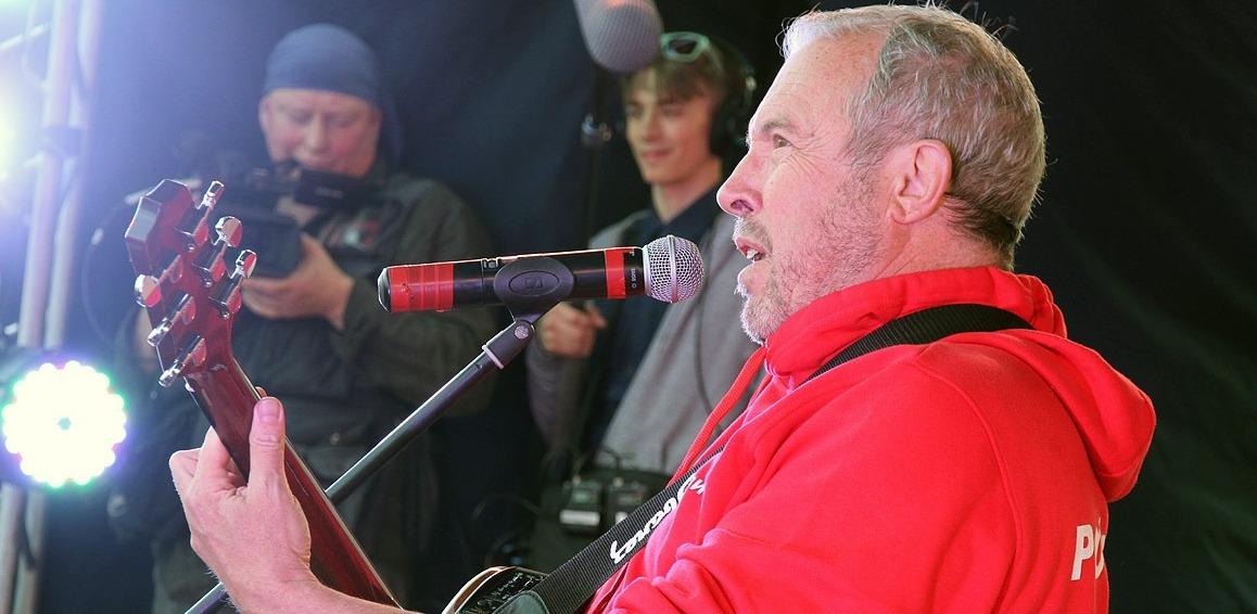 «Организатор отменил концерт в «Телеклубе»: Андрею Макаревичу официально запретили выступить в Екатеринбурге