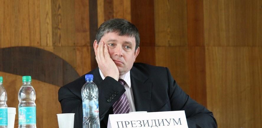 Оборудование три года ждут: коллектор «Деловой России» обманул УрФУ на 10 млн рублей