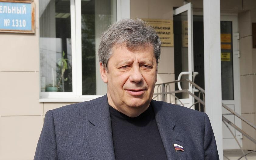 Аркадий Чернецкий обеспокоен низкой явкой на выборах в Екатеринбурге