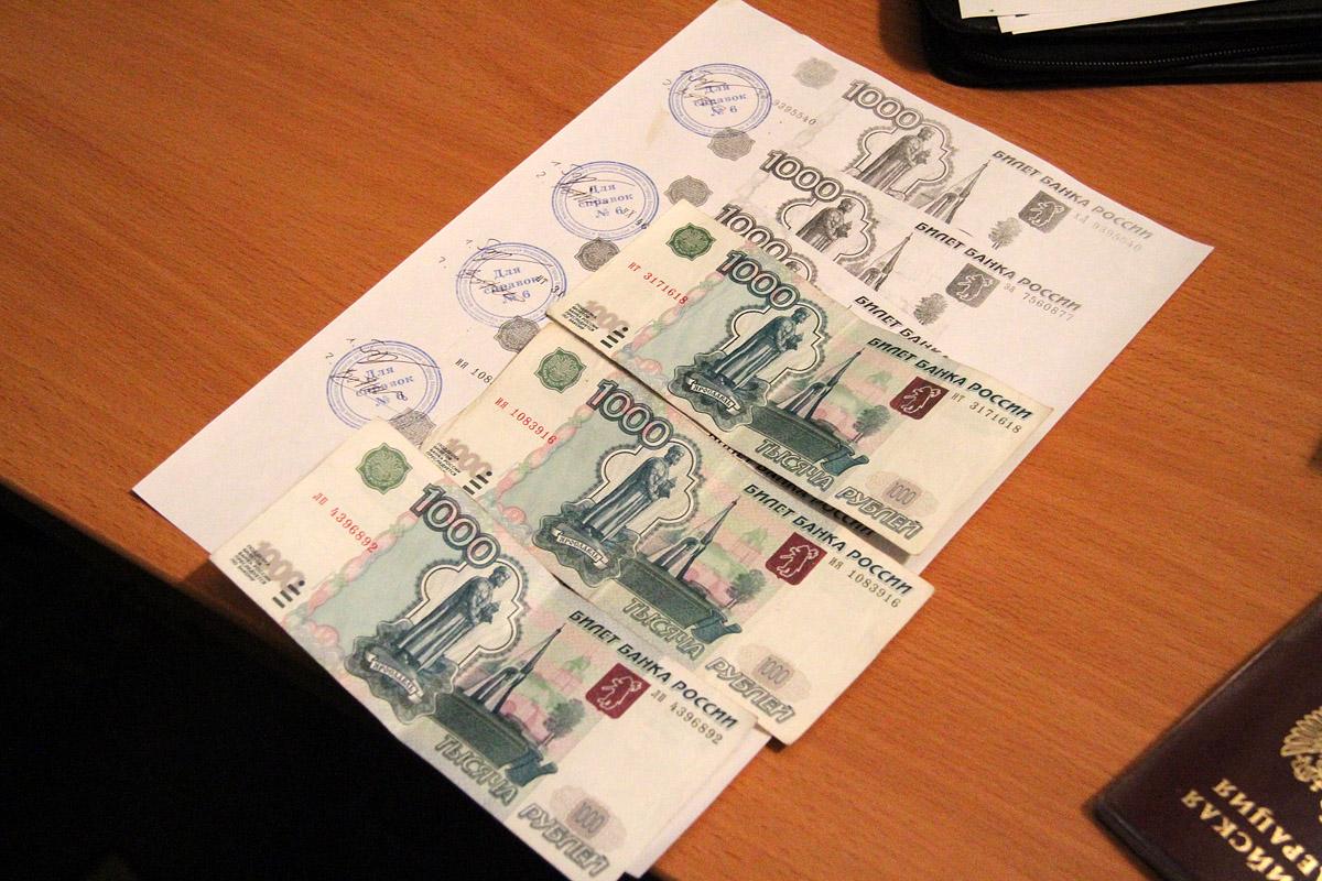 Житель Новоуральска ответит в суде за взятку сотрудникам ДПС