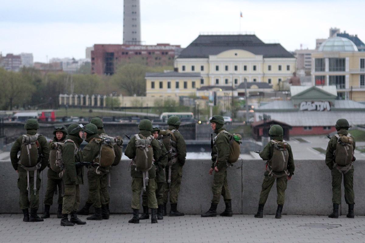 Военный прокурор ЦВО: Надписи на спинах солдат — простое хулиганство