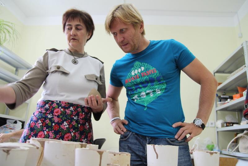 «Уральские пельмени» помогут инвалидам расплатиться с долгами