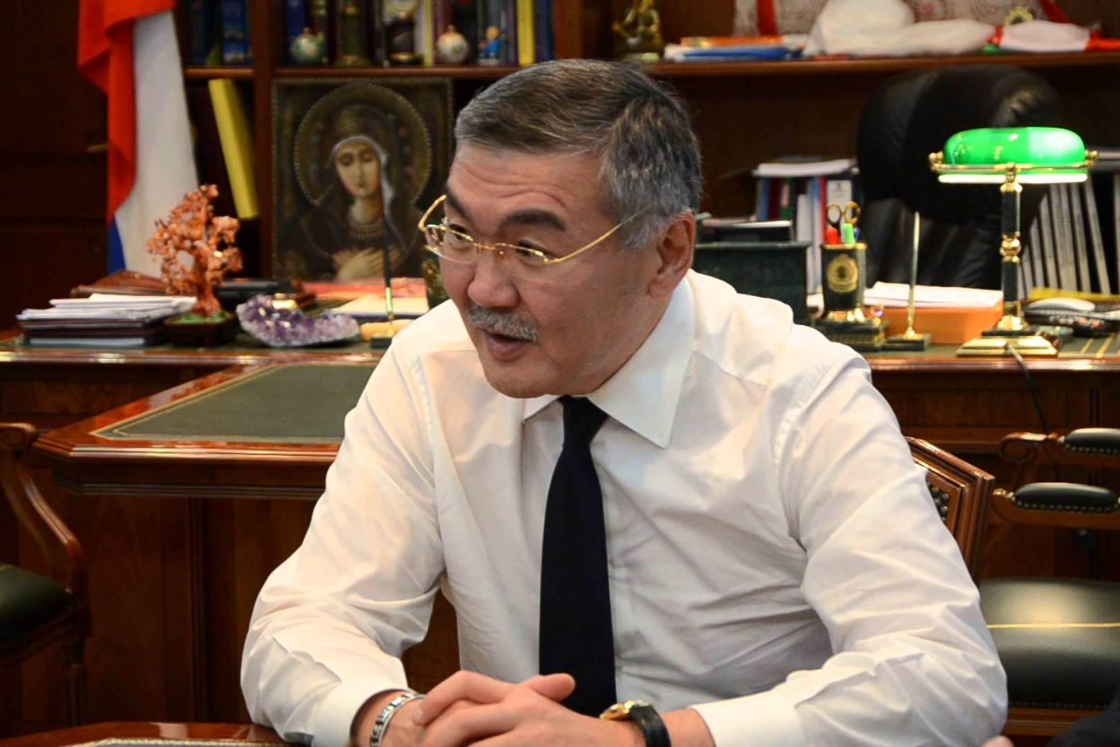 Новый тренд: главы регионов уходят в отставку ради перевыборов
