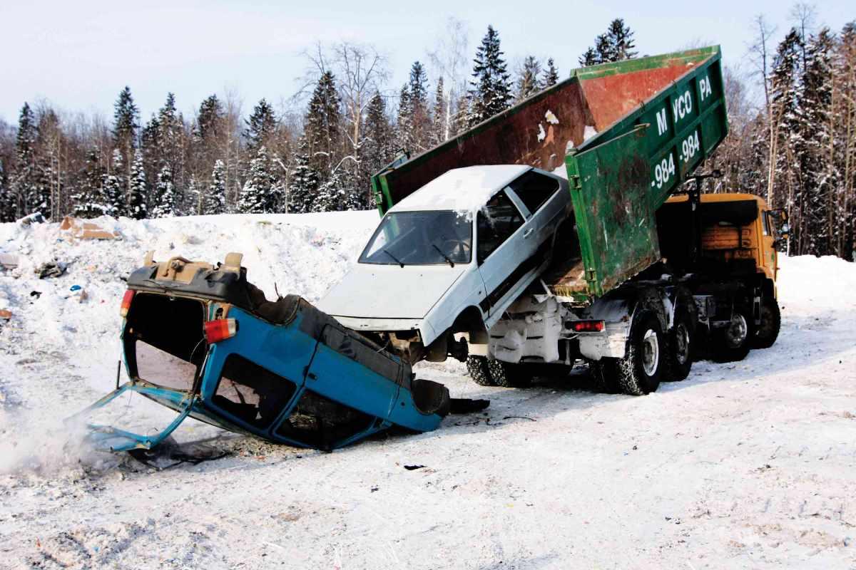 Правительство продлило программу утилизации автомобилей на 2015 год