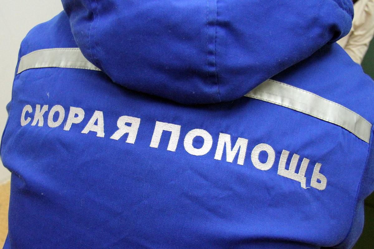 Под Екатеринбургом грузовик смял Citroen. В ДТП погибла девушка