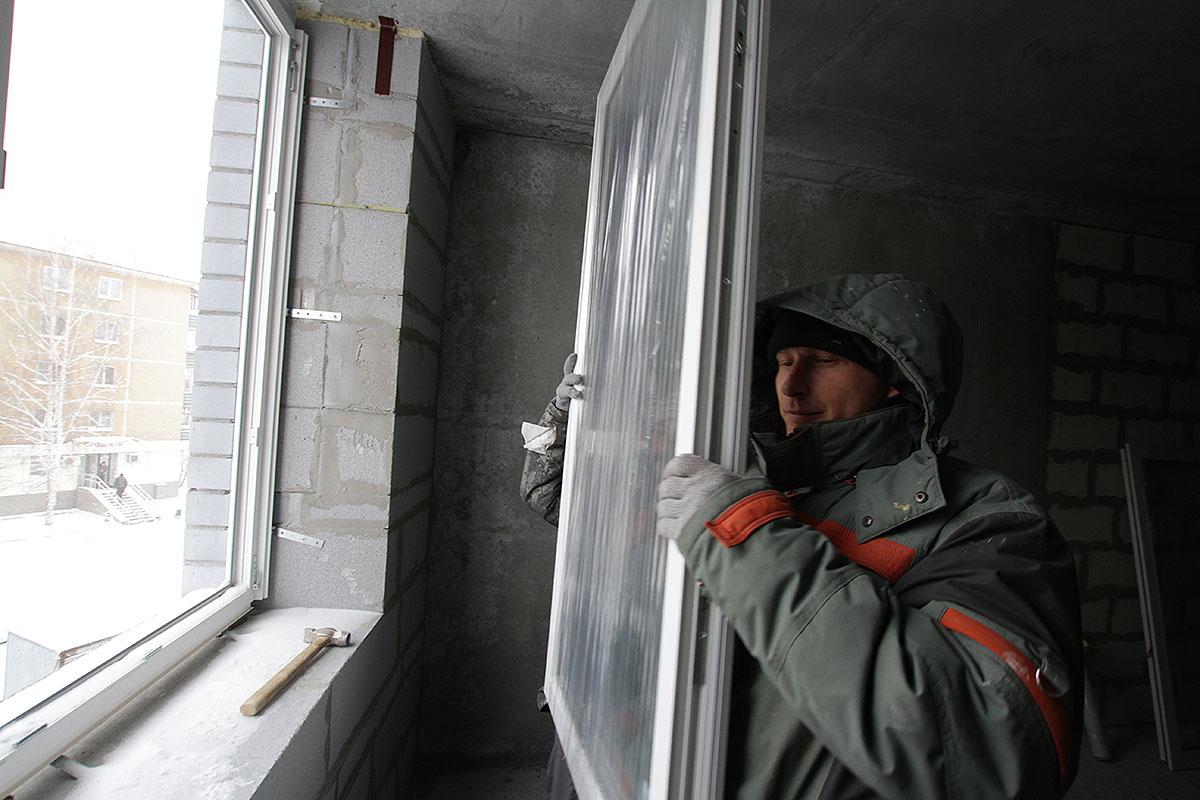 Строй сам. Прячем квартиры от апрельских холодов за пластиковыми окнами