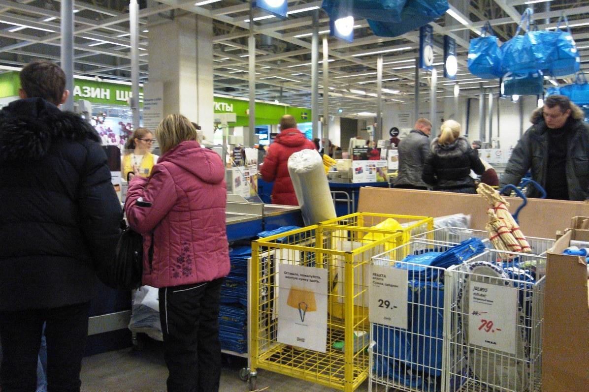 Снова да втридорога: IKEA возобновила продажи кухонной мебели и бытовой техники