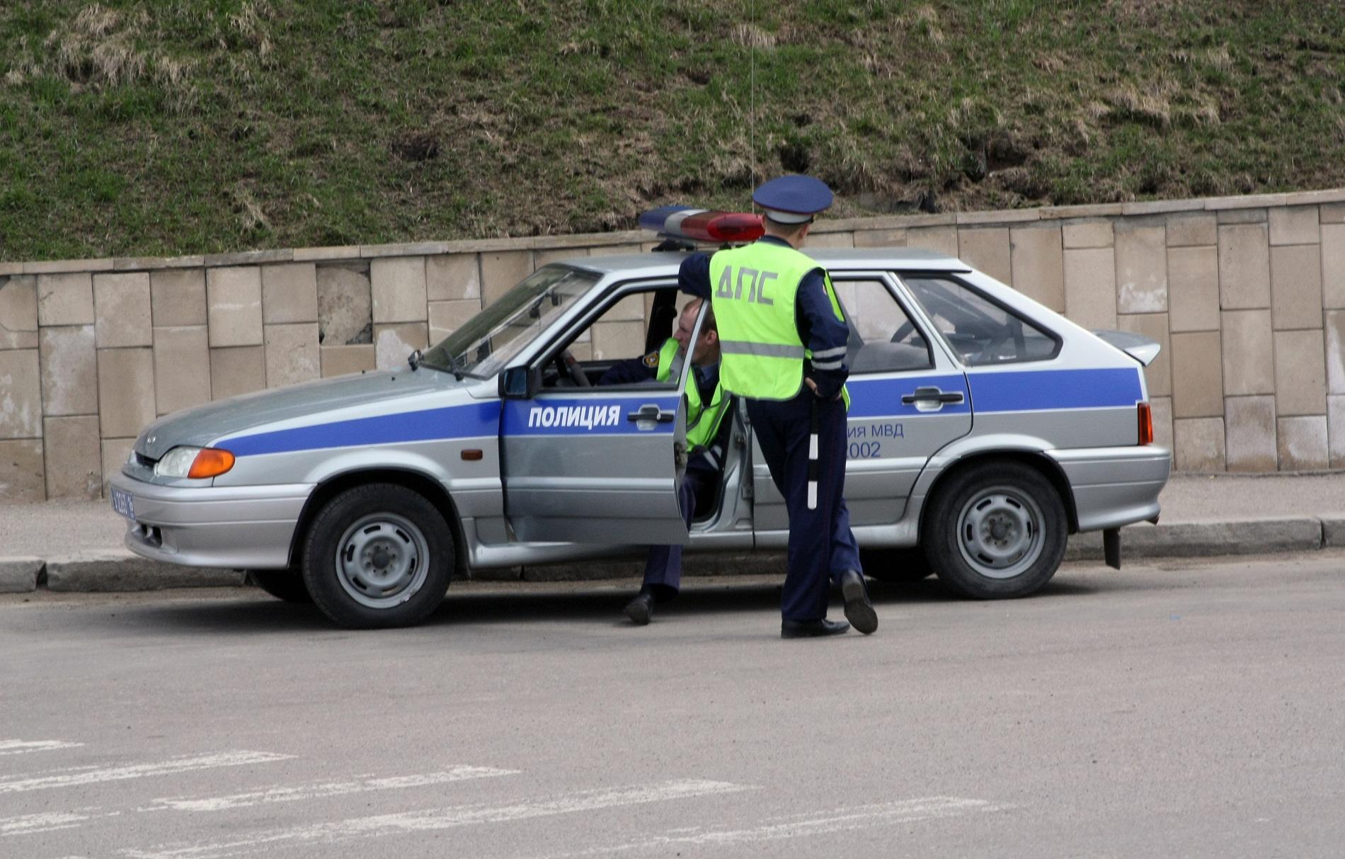 Полиция нашла водителя, который вчера на Уралмаше сбил двух детей