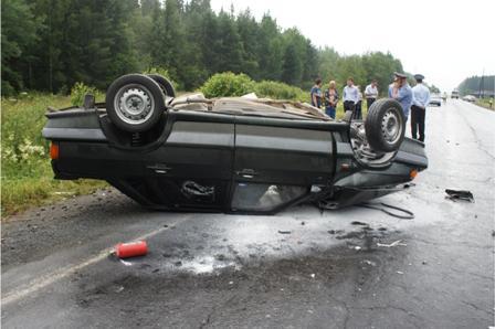 В лобовой аварии под Нижним Тагилом погиб мужчина