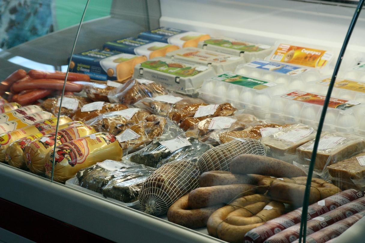 В магазинах Львова российские и украинские товары разложат по разным полкам