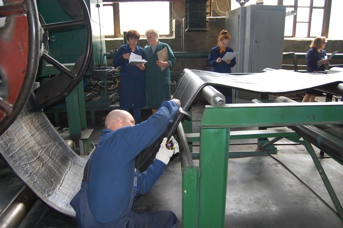В феврале свердловские предприятия уволили около 1500 сотрудников