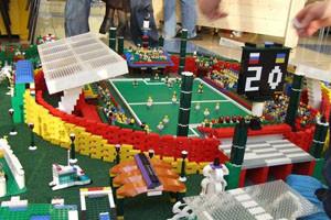 Роботы сыграют в футбол на «Иннопроме»
