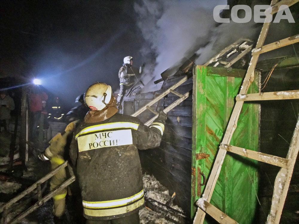 В Горном Щите в горящем доме погиб пожилой мужчина