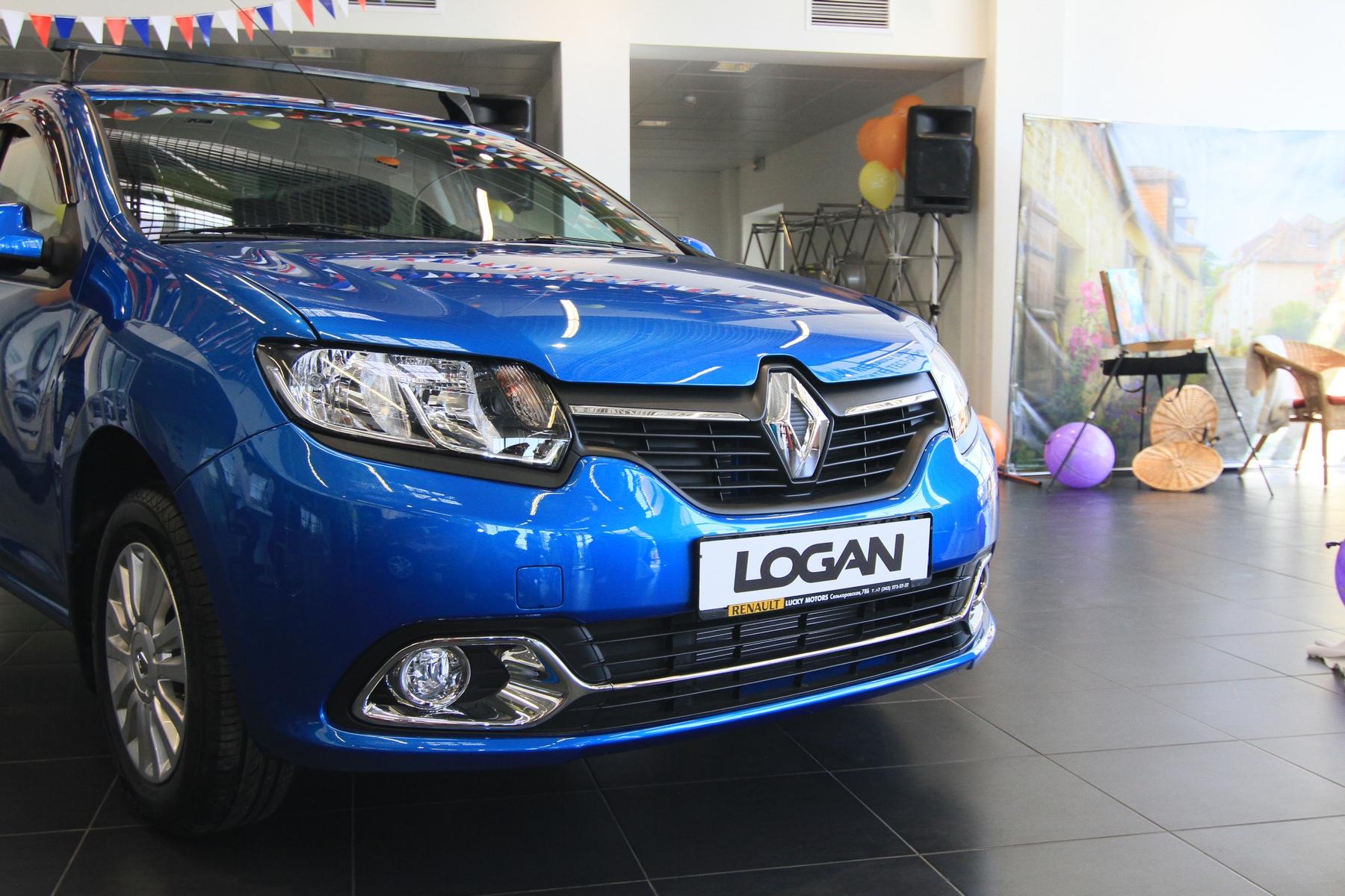 В очередь! Екатеринбургу показали новый Renault Logan