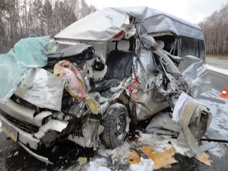 На западе области в ДТП попали иномарка и «Газель»