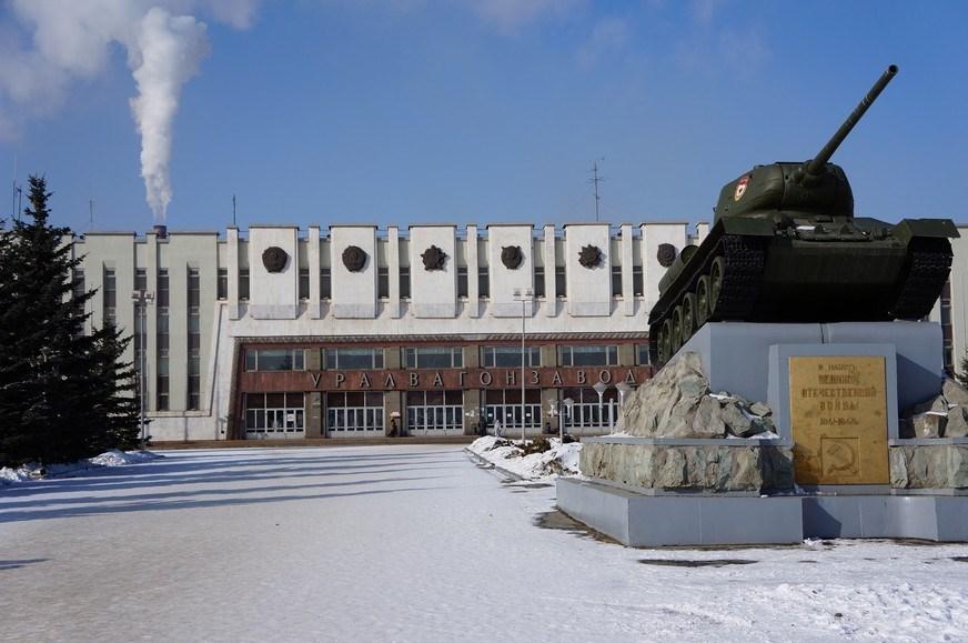 В обход санкций: УВЗ нашел нового партнера для разработки бронемашины «Атом»