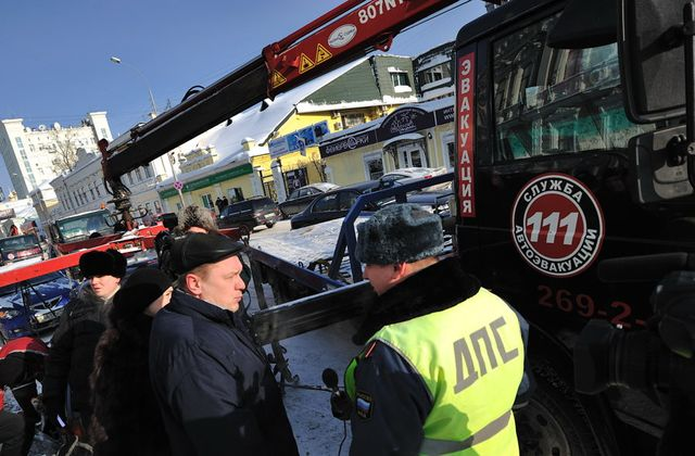 ГИБДД: нелегальные парковки — результат бездействия мэрии