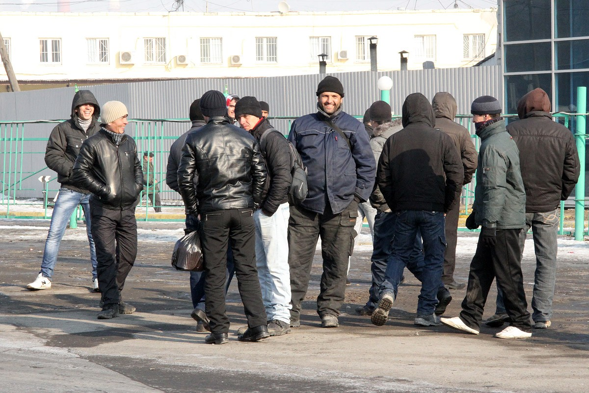 ФМС пересчитала нелегальных мигрантов