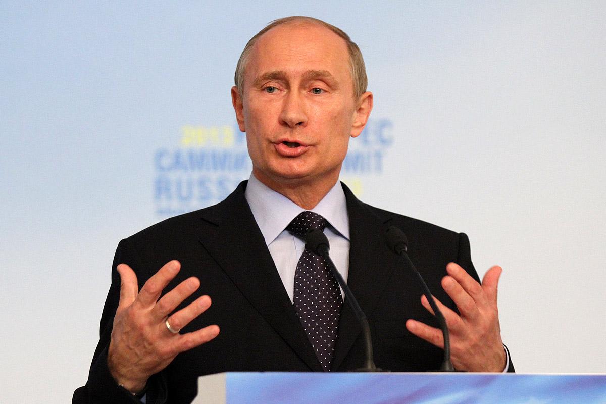 Times: Путиным восхищаются больше, чем Папой Римским и Анжелиной Джоли