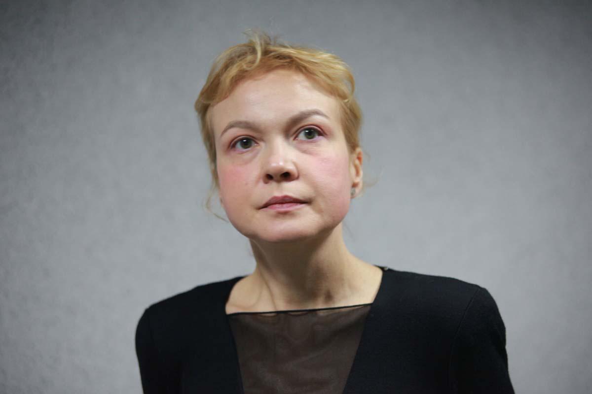Судья отказался арестовать Аксану Панову, но выгнал СМИ